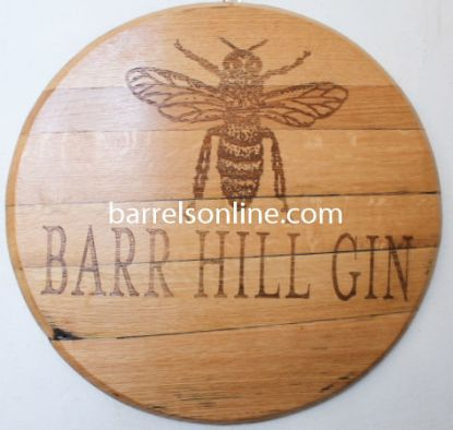 Barrel head with engraving