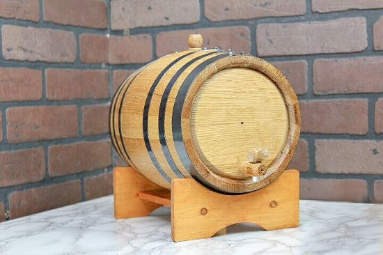 Picture of Oak Barrel - 67 oz (2 liter) Black Hoop