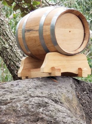 Picture of Oak Barrel - 67 oz (2 liter) Galvanized Steel Hoop